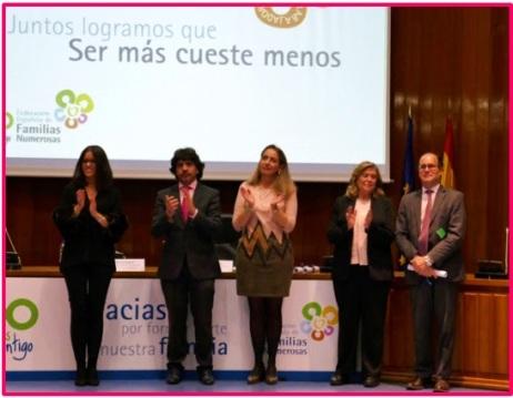 Federacion Española de Familias Numerosas Casa Rural Deo Gratias Mario Garces Pedro Dubie