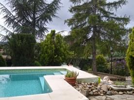 """Desde la piscina puedes ver las terrazas de """"La casa de las Familias"""""""